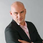 Радислав Гандапас: «Что мешает быть лидером?»