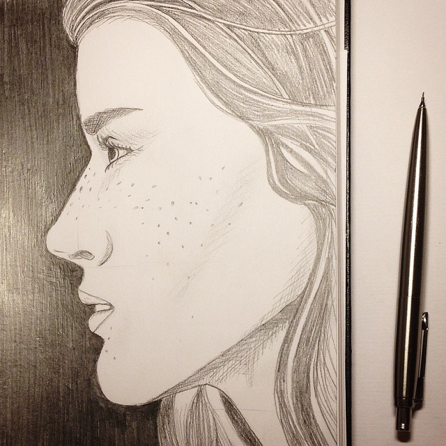 Девушка