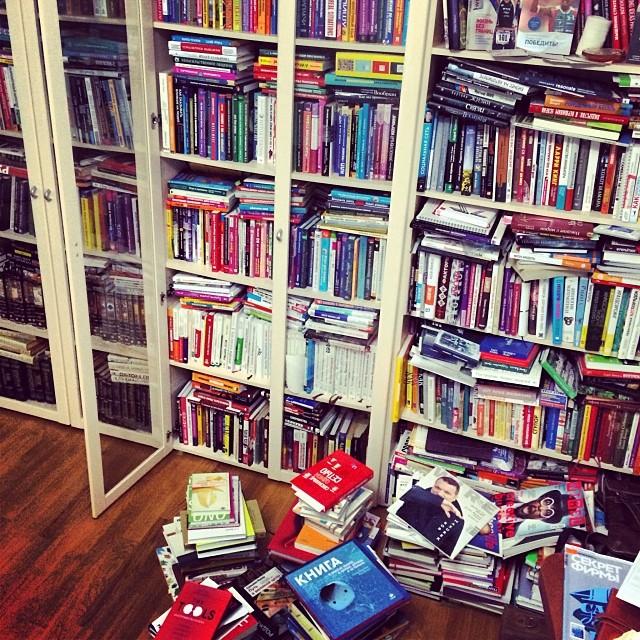 «В детстве дедушка присылал книги посылками и ждал от меня писем с рассказами о прочитанном».
