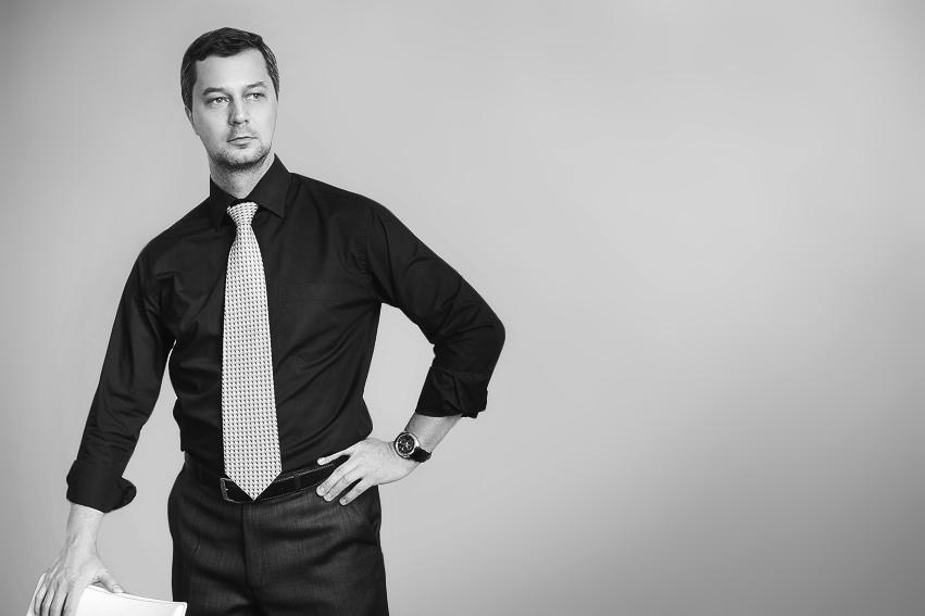 Сергей Сухов, директор по маркетингу, путешественник, автор книг, бизнес-тренер, блоггер.