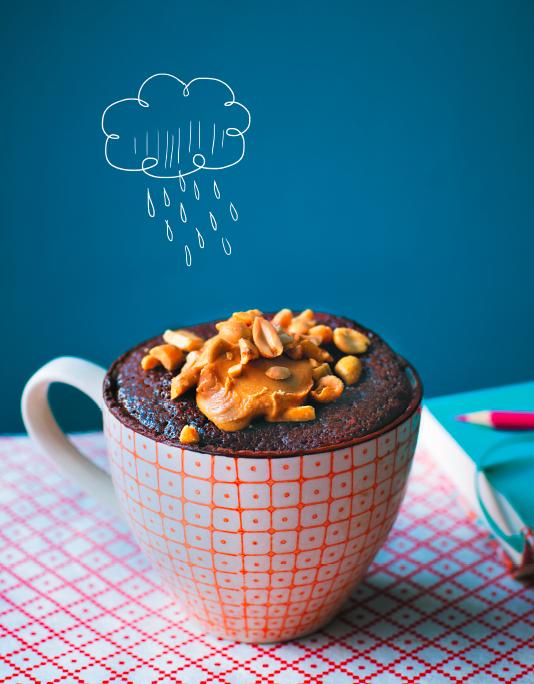 Если вы не мыслите свою жизнь без шоколада, замените арахисовую пасту шоколадной. Иллюстрация из книги.