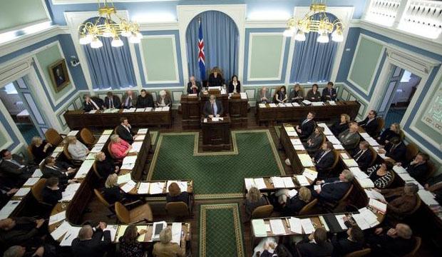 Исландские политики использовали Скрам для создания новой конституции. Источник.