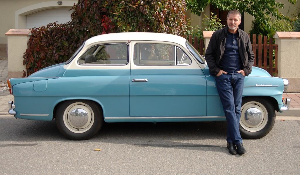 Мартин Содомка — автор книг «Как собрать автомобиль» и «Как собрать самолёт».