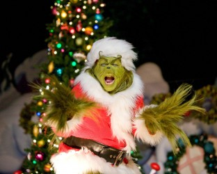 The-Grinch-at-USH