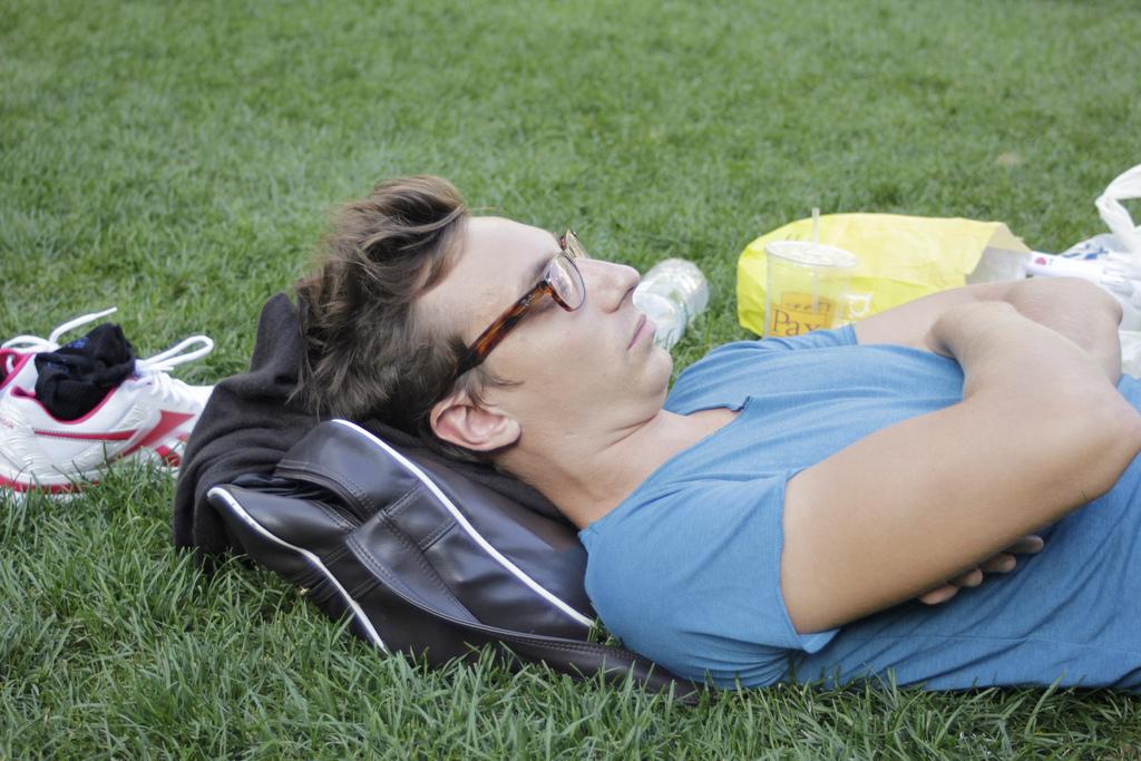 Чтобы добиться высоких результатов в спорте, необходимо правильно отдыхать. Источник.