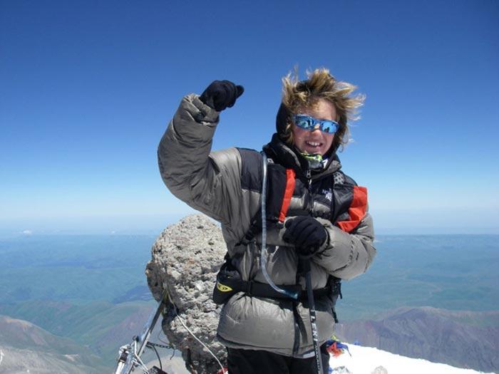 Самый юный покоритель Эвереста  — Джордан Ромеро