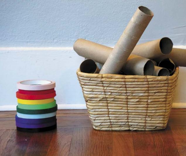 Обычные картонные втулки от бумажных полотенец - отличный материал для творчества.