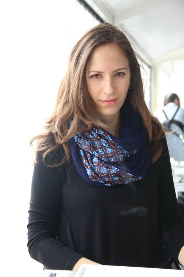 Римма руководит отделом персонала в МИФе.