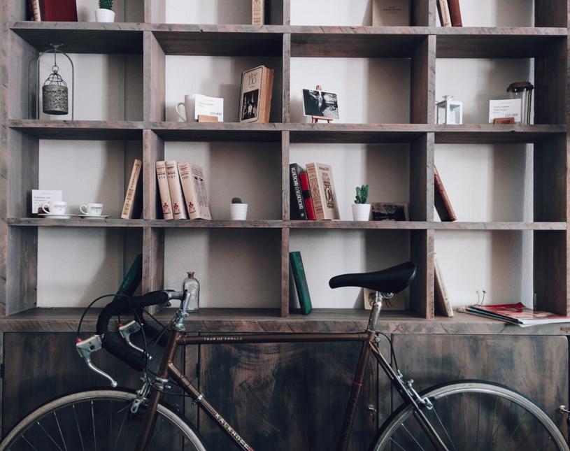 Соберите для своих продавцов библиотеку с полезными книгами. Источник.