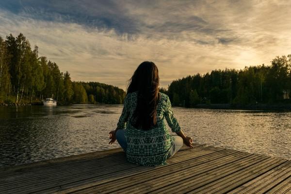 Как жить здесь и сейчас? 9 правил осознанного человека