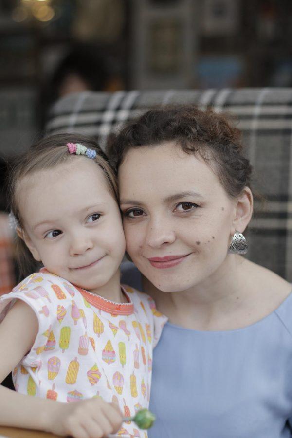 История читателей: рассказ Анны Шагаровой, которая справилась с болезнью дочери и открыла языковую школу