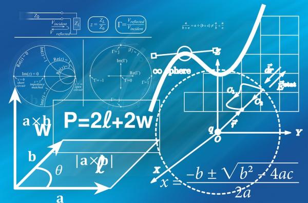 Старайтесь, чтобы на один абзац у вас приходилась одна, максимум две цифры. Если, конечно, вы не пишете статью по бухгалтерскому учету или математике.