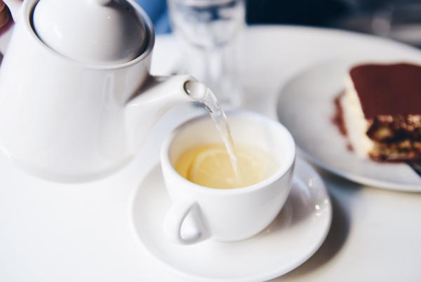 Культура зеленого чая существовала в Азии веками. В последнее время она завоевывает популярность и на Западе. Причина проста: зеленый чай очень полезен для ума, тела и духа.