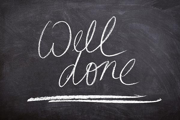 Хвалите способности и достижения, которые точно есть у человека.