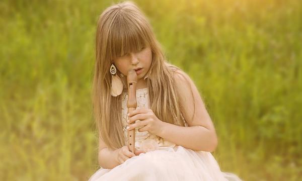 Постепенно вы научитесь отделять свои желания от желаний вашей дочери.