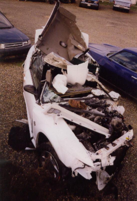 Машина Хэла после ДТП
