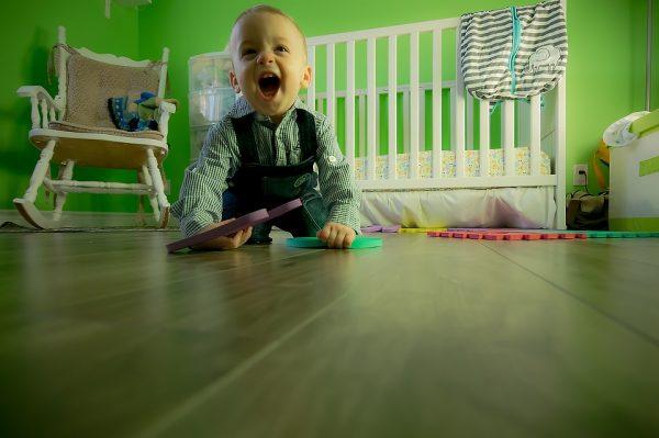 Почему ребенок не хочет спать и что с этим делать