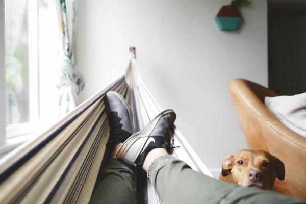 Один из главных принципов продуктивности — эффективный отдых. То есть не просиживание в интернете или просмотр фильмов, а действительно эффективный отдых