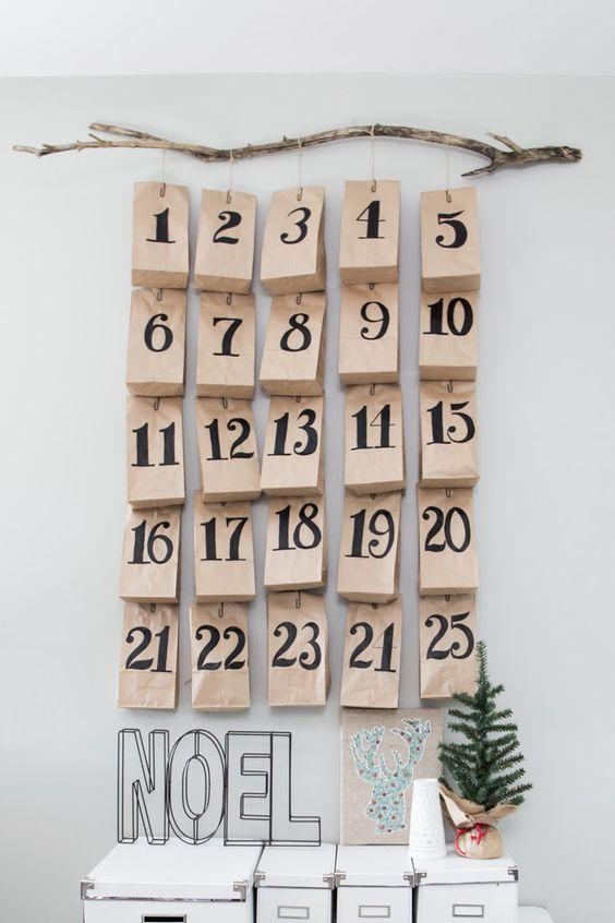 Одна из самых приятных эмоций — предвкушение праздника. Поэтому адвент-календари такие классные: с ними можно считать деньки до Нового года и всей семьёй планировать зимние каникулы