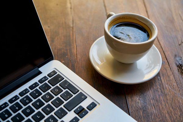 За 15 минут вы успеваете выпить чашку кофе. Можно потратить это время на медитацию и ощутить перемены
