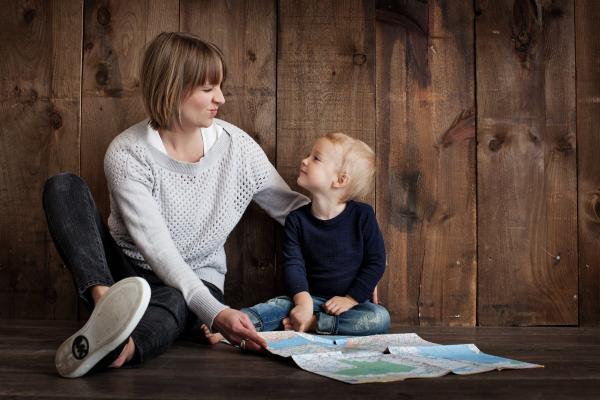 Если детей воспринимают всерьез, они способны проявлять уважение к другим. Если их эмоциональные потребности удовлетворены, они могут позволить себе роскошь удовлетворять потребности других людей.