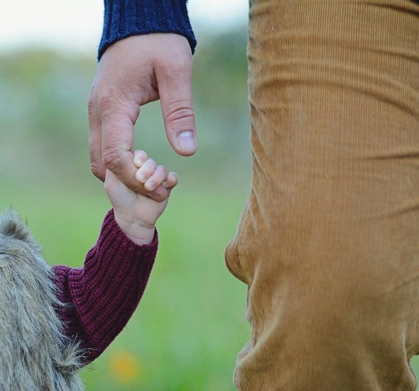 Детям нужно любящие, заботливые, понимающие отцы.