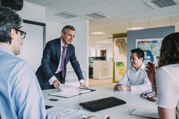 Могут ли ваши сотрудники открыто и без страха рассказать о своих идеях? Или им тут же укажут на «свое место»?