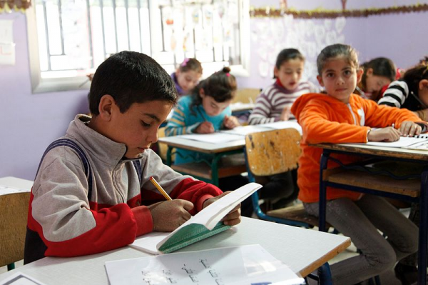 Пребывание в классе — настоящее испытание для ребенка-интроверта.