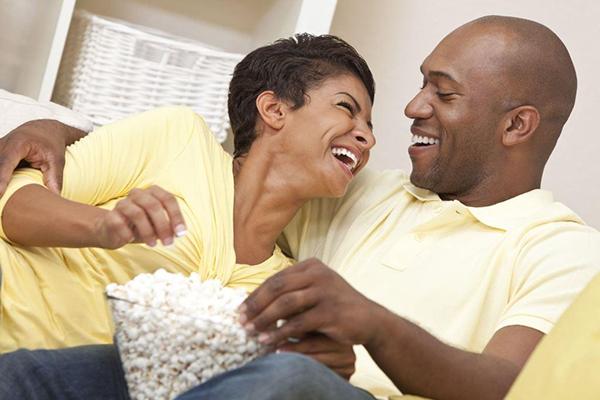 Покажите важному для вас человеку свою любовь. Близкие, качественные отношения — ключ к счастливой и здоровой жизни.