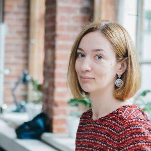 Анастасия Гулявина, герой форума «Бизнес со смыслом», сооснователь и программный директор Impact Hub (Москва) рекомендует книгу «Оставь свой след» Блейка Майкоски.