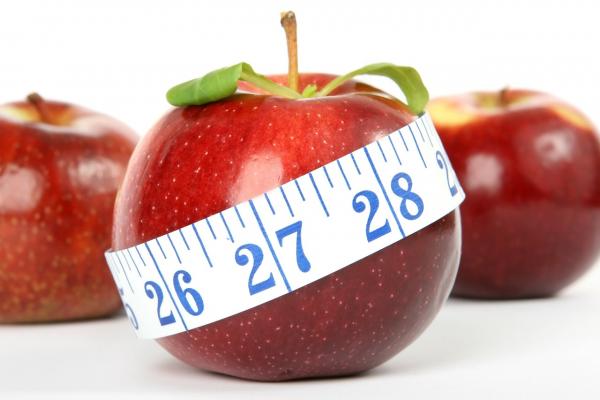 Нужно выбирать пищу в зависимости от того, как она воздействует на клетки организма, а не просто из соображений калорийности.