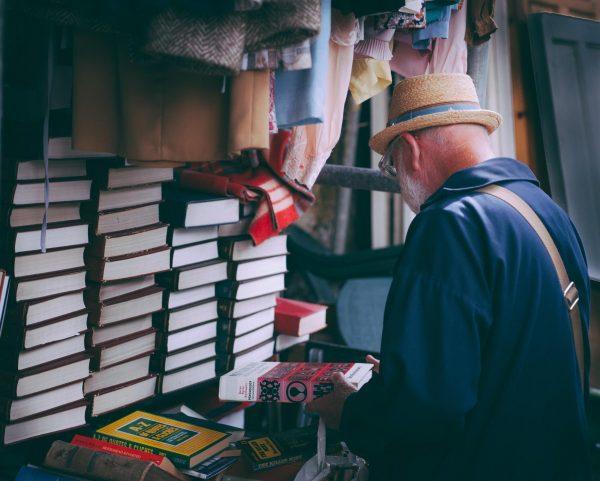 Существует огромное количество исследований, которые говорят о пользе чтения. Однако чтение — это не ключ к успеху. К успеху вас приведёт действие.