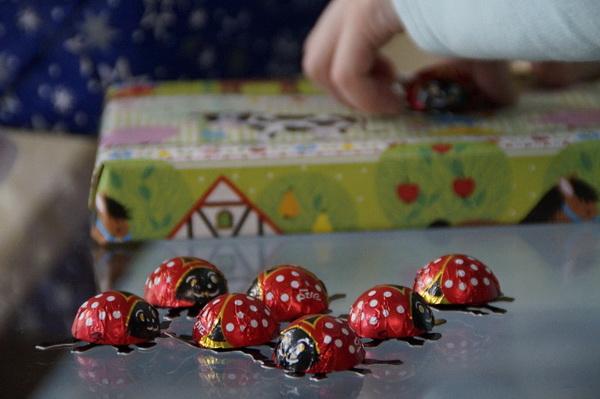 Подарки для ребенка вы вполне можете создавать сами.