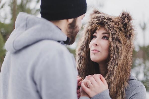 Все отношения строятся на общении и честности. Вам нечего скрывать друг от друга. Очень важно, чтобы ваши намерения, желания и эмоции были прозрачны. Говорите обо всем, что имеет для вас значение.