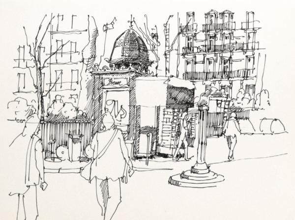 Старый киоск в Париже