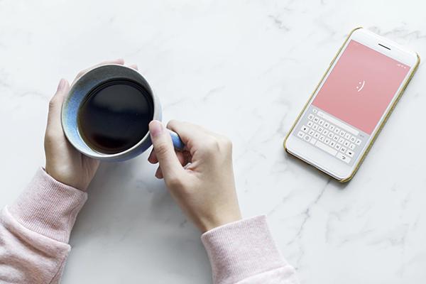 Вы ведете блог? Тогда обед — это лучшее время, чтобы написать какой-нибудь пост и выложить его.