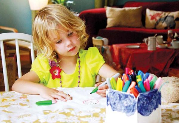 Купите себе карандаши, фломастеры, краски и альбом для рисования.