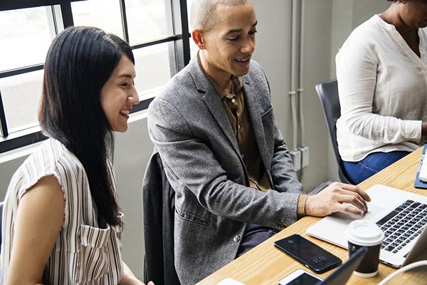 Развитие нового бизнеса и управление финансами встроены в ежедневную деятельность компании. Многие из этих функций выполняет один и тот же отдел.