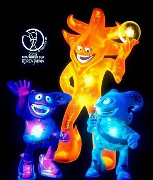 Ато, Каз и Ник — оранжевый, розовый и синий существа, созданные при помощи компьютерной графики.