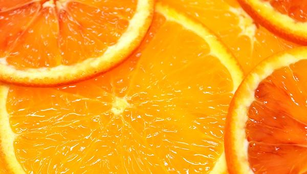 Салат из апельсинов, фенхеля (укропа) и свеклы