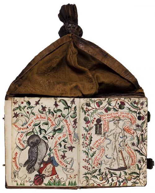 Некоторые книги оказались настоящим кладом для историков и специалистов по Средним векам. Одна из них принадлежала монахине Катарине Редер фон Родек из монастыря Фрауенальб. Катарина заполнила страницы собственными молитвами, а также записями о своей жизни, в том числе о восстании немецких крестьян в 1525 году.