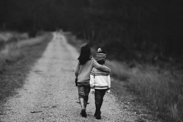 Поддержка — то, что необходимо каждому из нас, и сверхнормальные люди не исключение