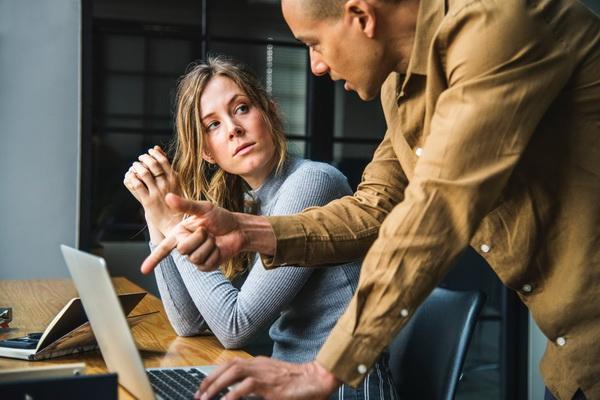 Попросить об услуге или совете — простой способ обрести нового друга