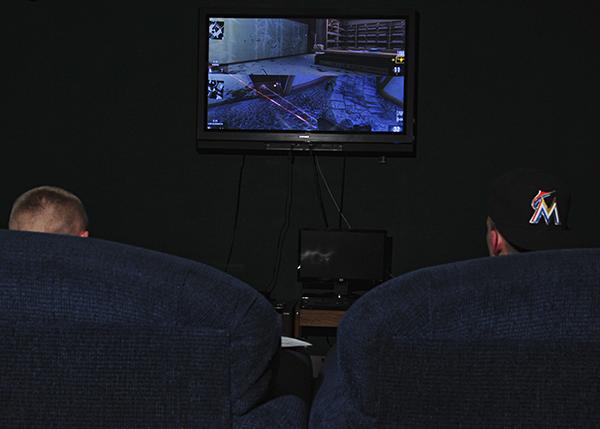 Исследования показали: когда два человека, находясь рядом, играют в одну игру, между ними возникает неврологическая и физиологическая связь.