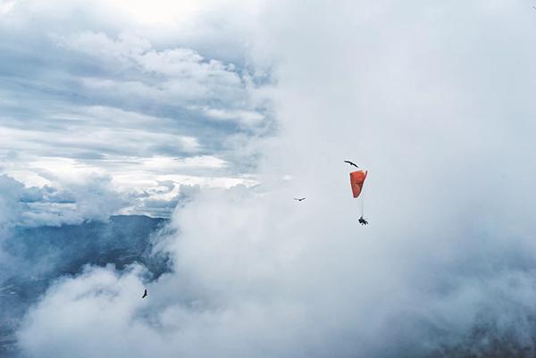 Сколько человек мечтают прыгнуть с парашютом, но не прыгают? Хотя ведь это вопрос всего нескольких действий. И сколько еще таких желаний есть у каждого из нас?