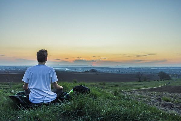 Японские ученые пришли к выводам, что развитие эмоционального интеллекта и успех в делах напрямую связаны с медитацией.