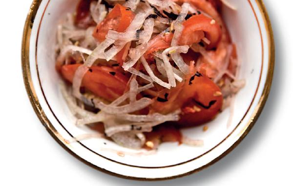 Салат Ачичук с помидорами и луком