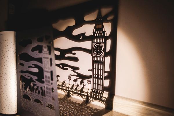 Первая книга о Мэри Поппинс вышла в 1934 году, но до сих пор истории о волшебной няне любят читать дети разных возрастов. «Прогулки с Мэри Поппинс» даст возможность взглянуть на известное произведение по-новому и погрузиться в атмосферу Лондона.