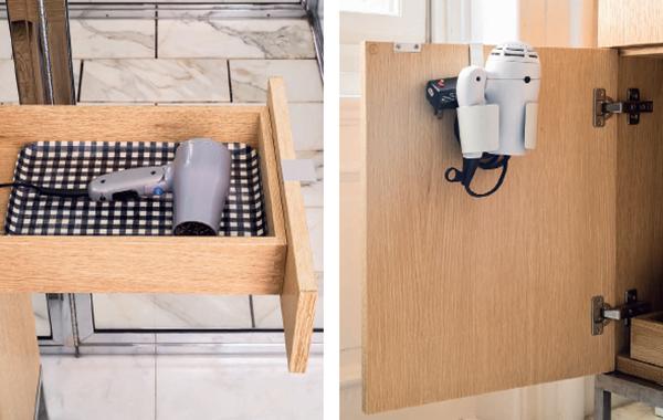 Фен. Отведите место для вашего фена, где он будет не на виду, но под рукой. Установите в ящике розетку, и получится идеальное место для хранения фена на подносе. Прикрепите держатель на дверцу шкафа. Используйте тряпичную или любую другую сумку. Например, авоську.