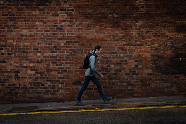 Челлендж второй: во время движения держите свои мобильные устройства вне досягаемости